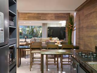 Edifício Serenade Locais de eventos modernos por Sathler Camargo Design de Interiores Moderno