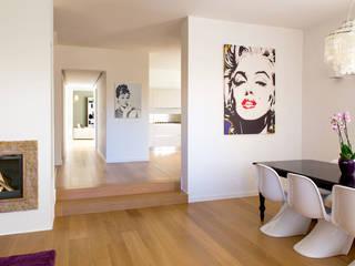 Casa glamour Ingresso, Corridoio & Scale in stile moderno di Filippo Coltro architetto Moderno