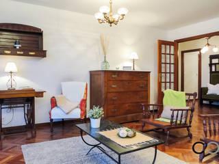 Salas de estilo clásico de CCVO Design and Staging Clásico