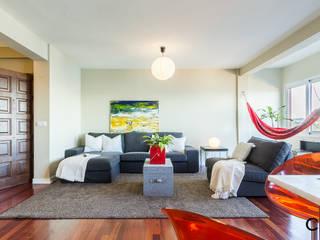 Salas de estilo moderno de CCVO Design and Staging Moderno