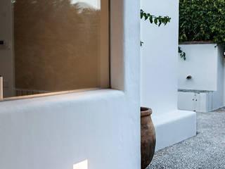 Alejandro Giménez Architects의  빌라,