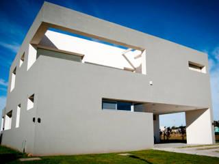 Casa GDR Casas modernas: Ideas, imágenes y decoración de S.TS Arquitectos Moderno