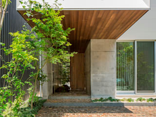 Casas de estilo  de 今井賢悟建築設計工房, Moderno