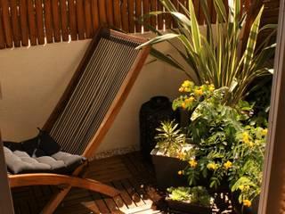 Balcones y terrazas de estilo mediterráneo de Les Jardins de Marion Mediterráneo