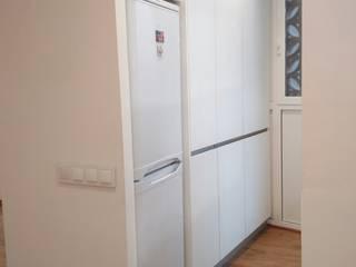 Barcelona – Vivienda en Camp de l'Arpa by AC2 bcn Cocinas de estilo minimalista de ac2bcn Minimalista