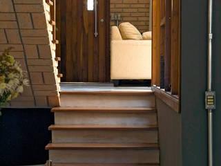 JMN arquitetura Rustic style walls & floors
