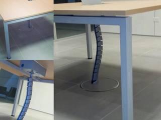 mesa de MDF de pata metalica:  de estilo  por Araucaria Amoblamientos