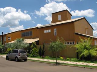 Residência em São Carlos Casas ecléticas por JMN arquitetura Eclético
