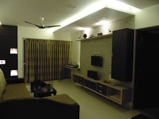 IMPERIUM BALEWADI:  Living room by decormyplace
