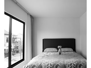 studiopapa Minimalist bedroom