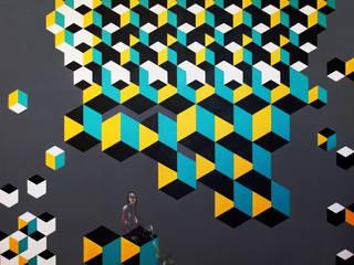 Série VI, Construção V, 2016:   por Fátima Teles