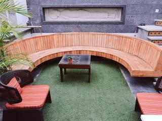 Hiên, sân thượng phong cách hiện đại bởi Studio Machaan Hiện đại