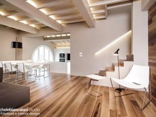 Pasillos y vestíbulos de estilo  de Rachele Biancalani Studio - Architecture & Design