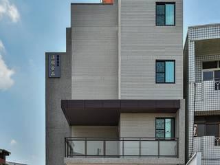 Casas modernas de 讚基營造有限公司 Moderno