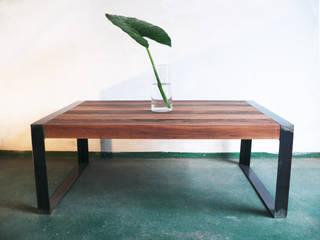 Mesa Auxiliar:  de estilo  por Ducoinstudio Diseño de Mobiliario