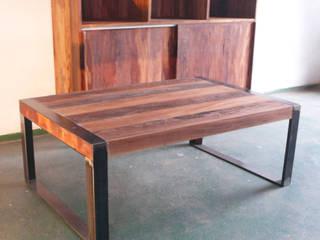 Modular y mesa auxiliar:  de estilo  por Ducoinstudio Diseño de Mobiliario
