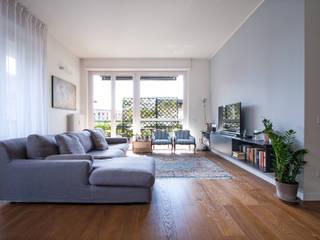 Chantal Forzatti architetto Living room Grey