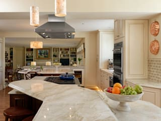 """Cook's Kitchen"" Renovation in Potomac, Maryland: classic Kitchen by BOWA - Design Build Experts"