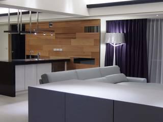 公館周宅 现代客厅設計點子、靈感 & 圖片 根據 四一室內裝修有限公司 現代風
