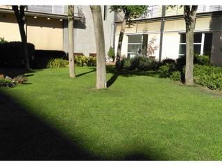 Jardín para Residencia: Jardines de estilo  de Ausbar