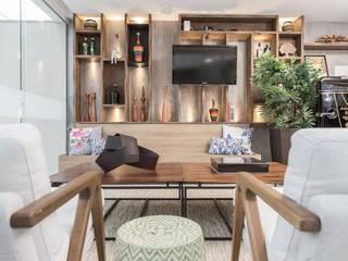 Modern Living Room by MORSCH WILKINSON arquitetura Modern