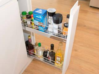 Efficient Storage, even in the smallest of spaces ADORNAS KITCHENS Cocinas equipadas Madera Beige