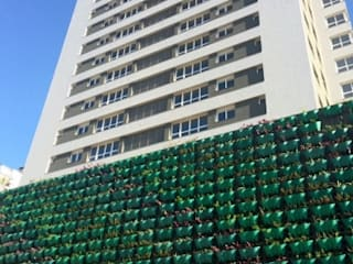 Residencial Chronos - 1ª obra com nível superior da NBR 15575: Casas  por Simone Miranda Representante - Amplex Aberturas em PVC,Moderno