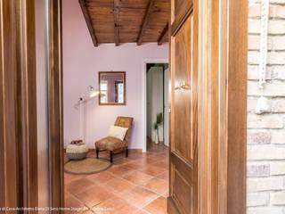 隨意取材風玄關、階梯與走廊 根據 Sapere di Casa - Architetto Elena Di Sero Home Stager 隨意取材風