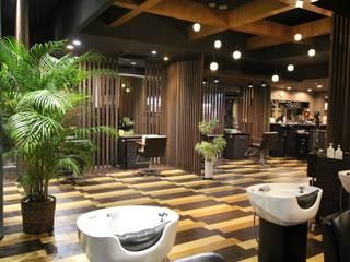 美容室の改修 の AAO建築アトリエ モダン