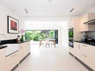 Surbiton Modern kitchen by Corebuild Ltd Modern