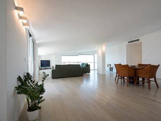 Livings de estilo moderno de Laboratorio di Progettazione Claudio Criscione Design Moderno