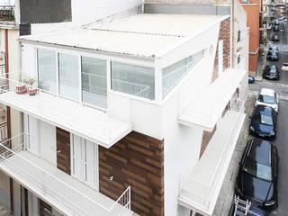 Casas de estilo  de Laboratorio di Progettazione Claudio Criscione Design