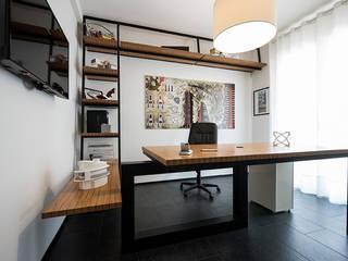 Estudios y bibliotecas de estilo minimalista de Laboratorio di Progettazione Claudio Criscione Design Minimalista