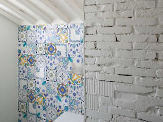 037_CASALE IN CAMPAGNA : Bagno in stile in stile Moderno di MIDE architetti