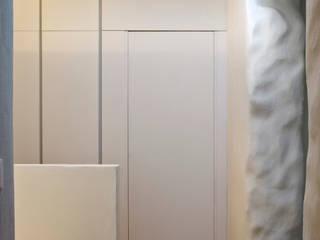 MIDE architetti Rustic style walls & floors