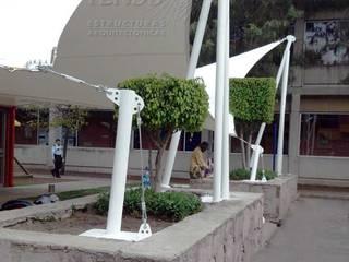 Balcon, Veranda & Terrasse modernes par TENSO DISEÑOS MX Moderne