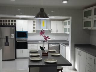 Cocinas equipadas de estilo  por AOG SPA