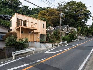 木と旅を愛する人の家 オリジナルな 家 の 東涌写真事務所 オリジナル