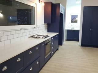 Kleinmond Holiday Home:  Built-in kitchens by Cape Kitchen Designs