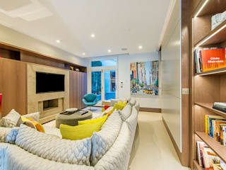 Maxmar Construction LTD Modern living room