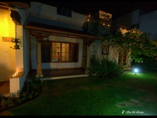 Temple Bells - Arati and Sundaresh's Residence Eclectic style garden by Sandarbh Design Studio Eclectic