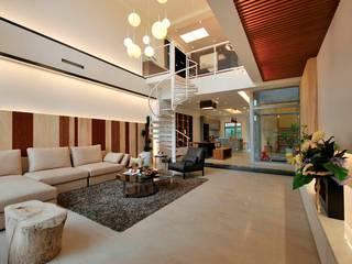 Гостиная в стиле модерн от 一穰設計_EO design studio Модерн