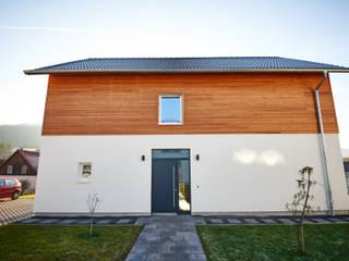 PASSIVHAUS PARTSCHEFELD - MUSTERHAUS von architekturbuero dunker Landhaus