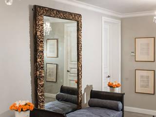 «Дом на Покровке», квартира г. Москва Коридор, прихожая и лестница в эклектичном стиле от Victoria Kiorsak Эклектичный
