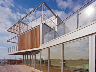 Penthouse Nautilus - Scheveningse Haven Industriële balkons, veranda's en terrassen van Archipelontwerpers Industrieel