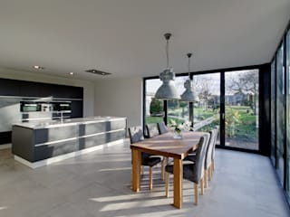 keuken K te Geulle: moderne Keuken door CHORA architecten