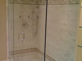 shower door:  de estilo  por telviche