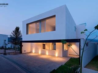Casa El Molino, E-17 de espacio NUEVE CERO UNO Moderno