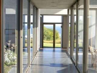 Casa Rabanua Pasillos, vestíbulos y escaleras modernos de Dx Arquitectos Moderno