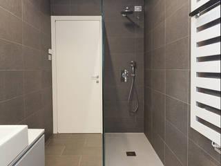 foto bagno: Bagno in stile in stile Moderno di Silvana Barbato, StudioAtelier